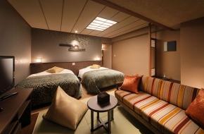 連れ添ったパートナーへの感謝の気持ちをお部屋で。<br /> 「ワンランク上の上質なくつろぎ」をコンセプトにした和洋室を指定して宿泊できるプランはこちら。